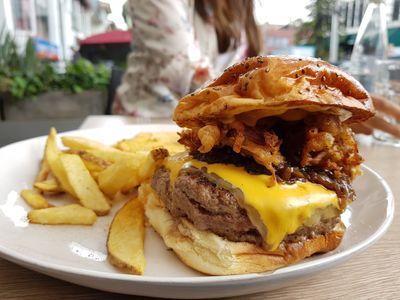 Hache de hamburguesa chapinero